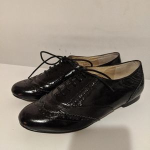 Steve Madden Oxford Style Shoes (shiny)
